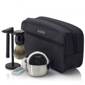Njord Barberings sæt med safety razor, barberkost og barberblade
